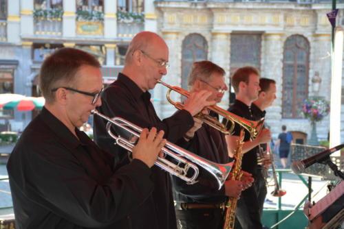 Union Big Band (UB2 Big Band)-2